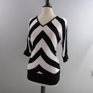 WHBM black/White Dolman sleeve top